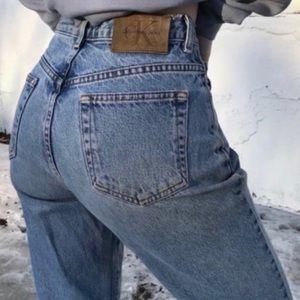Vintage Trendy Calvin Klein Mom Jeans Size 6